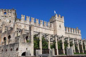 Vista del Castello Scaligero di Torri del Benaco