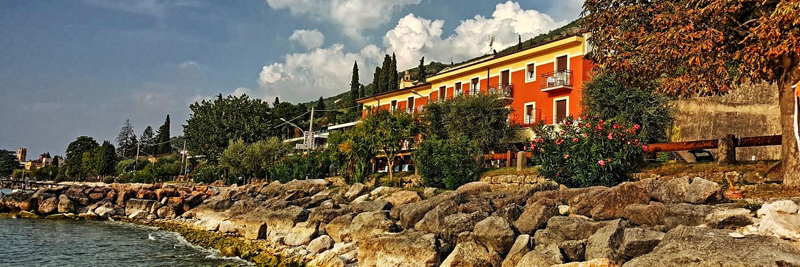 hotel-ristorante-menapace-torri-del-benaco-01.png