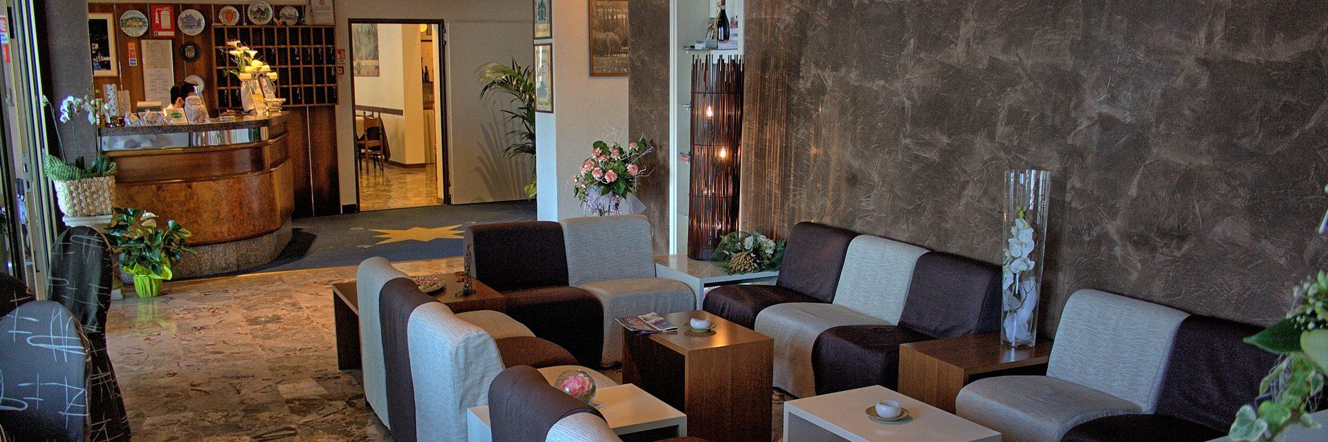 hotel-ristorante-menapace-torri-del-benaco-02.jpg