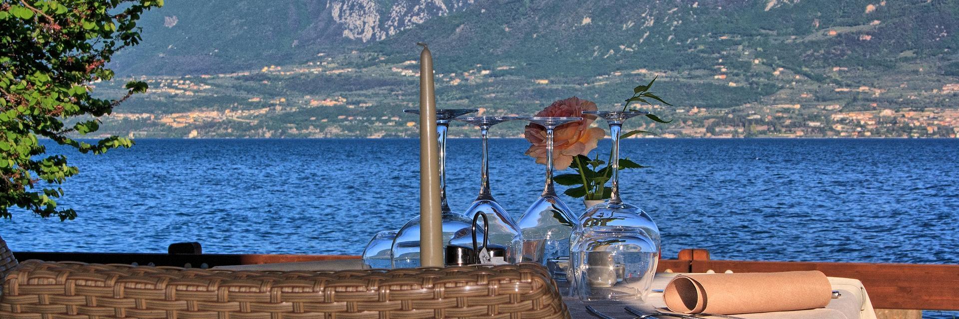hotel-ristorante-menapace-torri-del-benaco-06.jpg