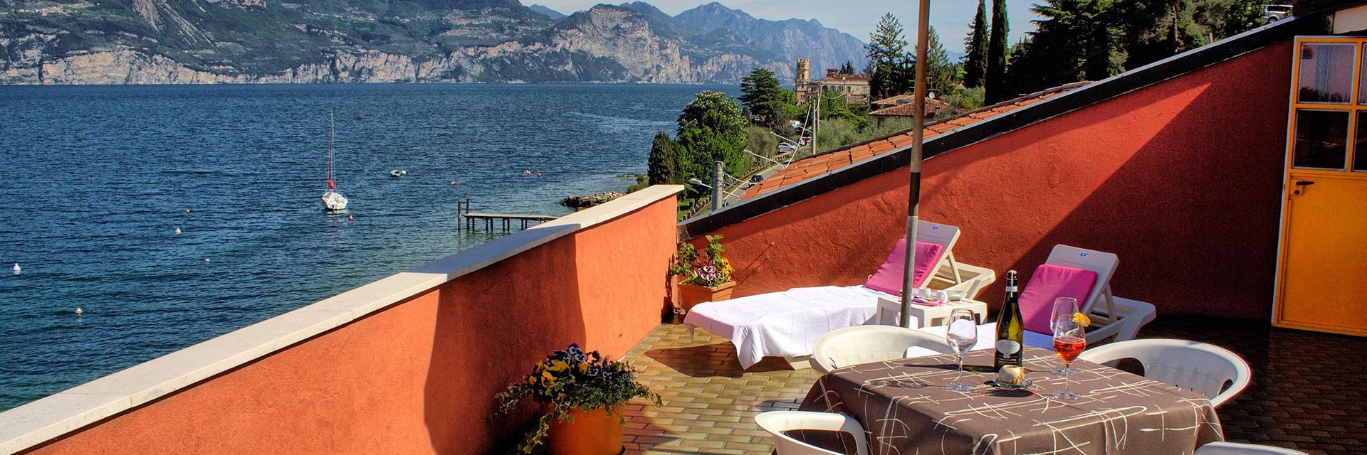 hotel-ristorante-menapace-torri-del-benaco-08.jpg