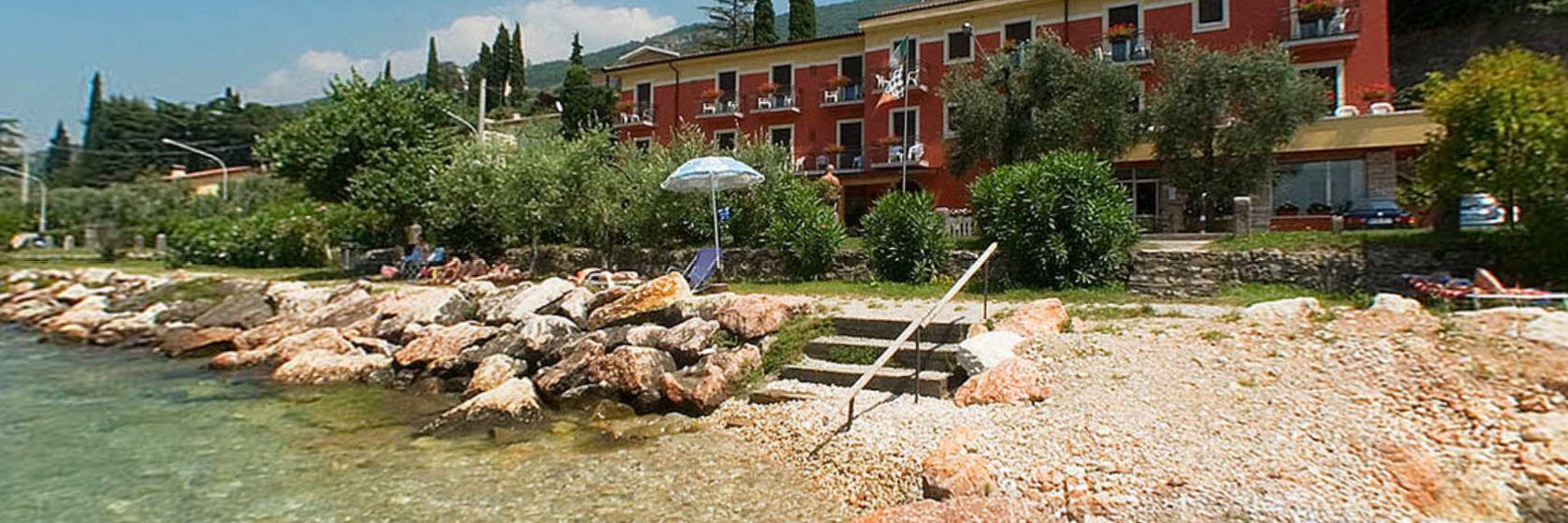 hotel-ristorante-menapace-torri-del-benaco-09.jpg